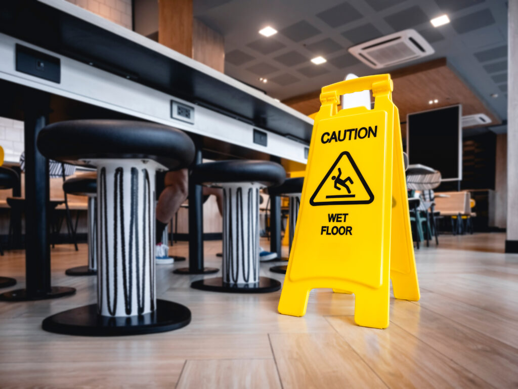 Accident at work - Restaurant / Hotel Insurance near me, Hull, East Yorkshire